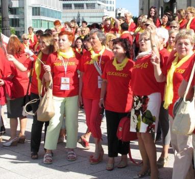 Mieszkanki regionu elbląskiego co roku wyróżniają się w kilkunastotysięcznym tłumie uczestników Kongresu Kobiet w Warszawie...
