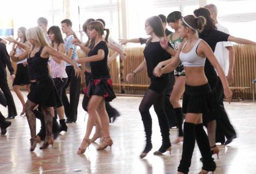 Taniec dodaje energii i optymizmu...