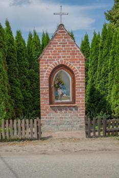 Warmińska kapliczka również może być inspiracją do stworzenia pamiątki