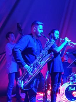 Na zdjęciu - ostatnia sesja jazzowa w plenerze